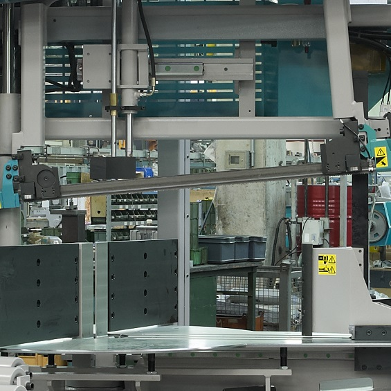 IMET - KTECH 1202 F6000 - Automatic double column bandsaw for industry